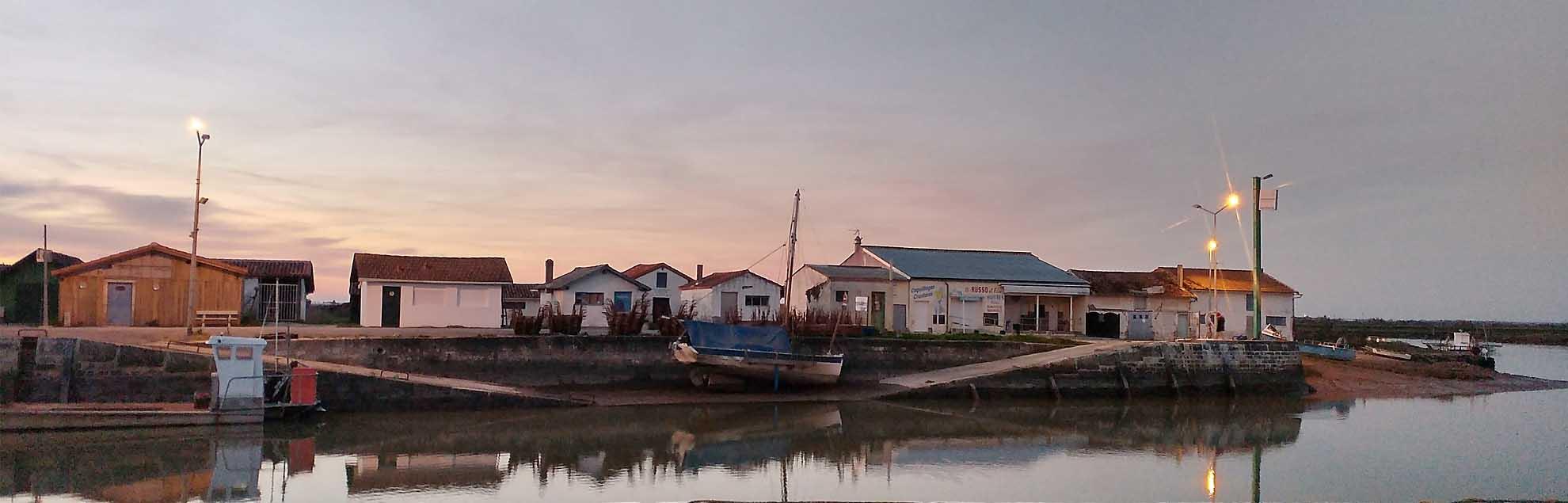 Le port de l'Aiguille